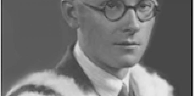 Maurice Naylor CBE – Gunner